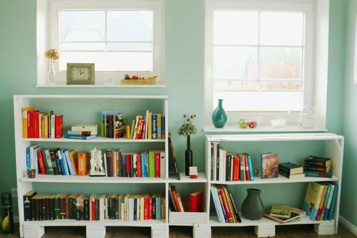 Bücherregal-aus-Paletten-Palettenregal