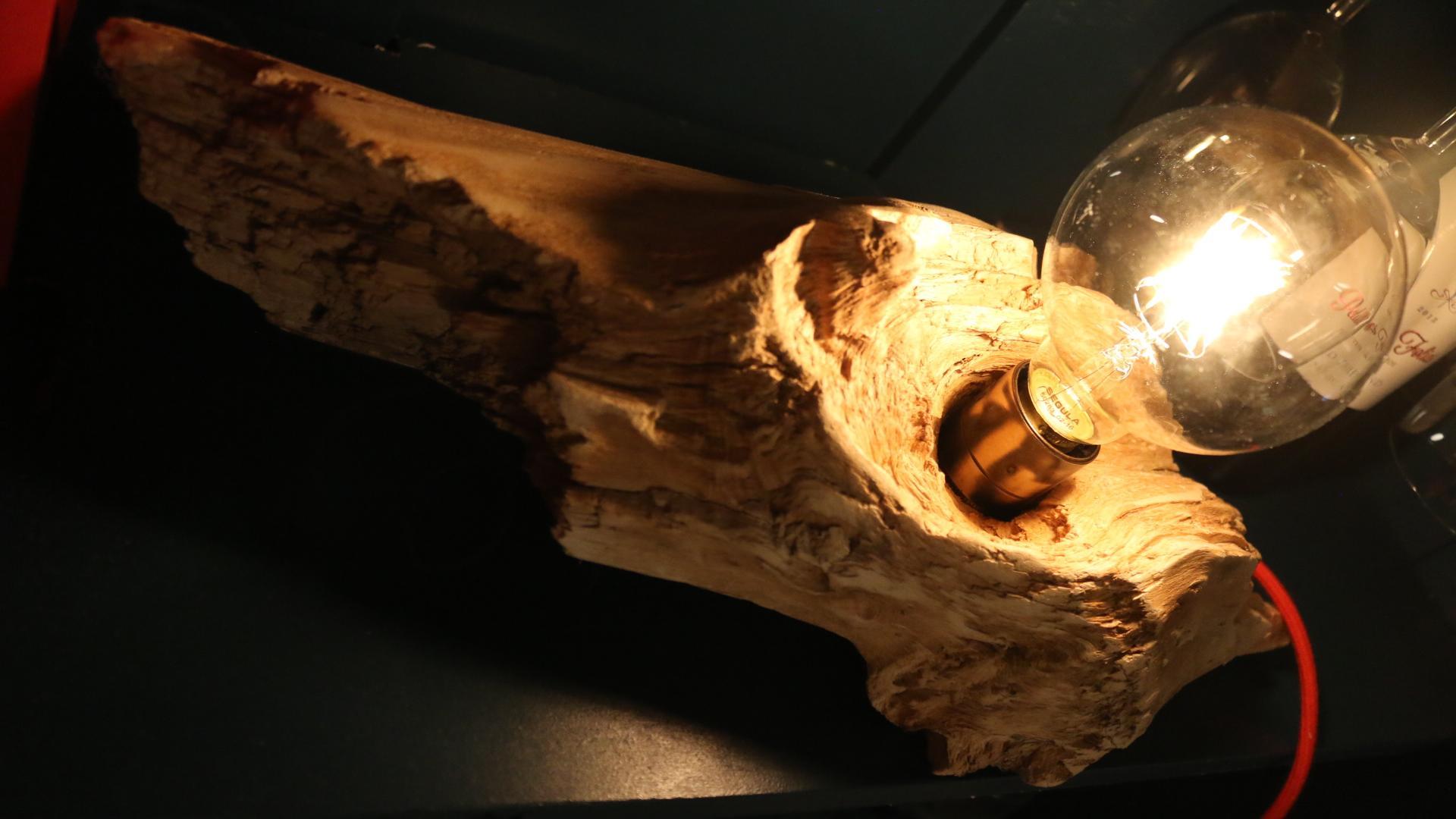 Fundholz-Vintage Lampe