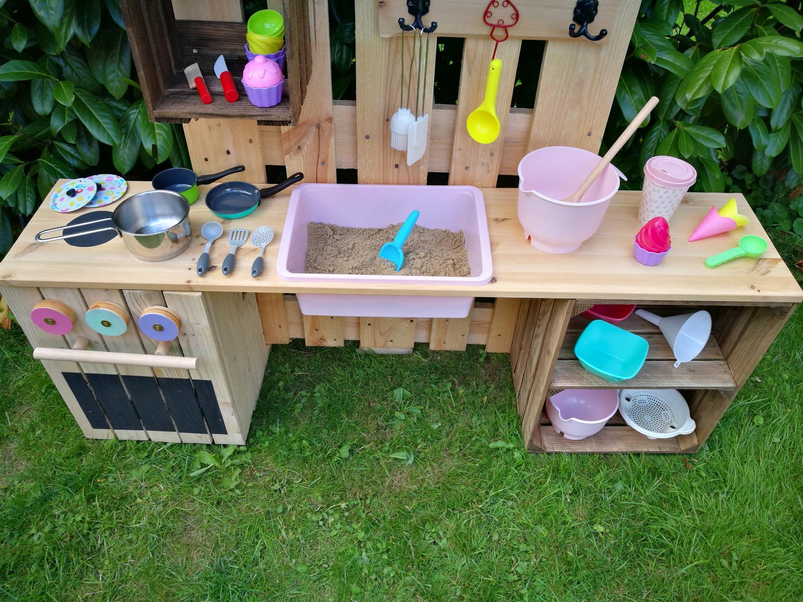 Outdoor Küche Für Kinder Selber Machen : ᐅ matschküche selber bauen aus paletten obstkisten kinderküche