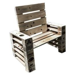 Lounge Sessel mit Getraenkehalter Palettenmoebel