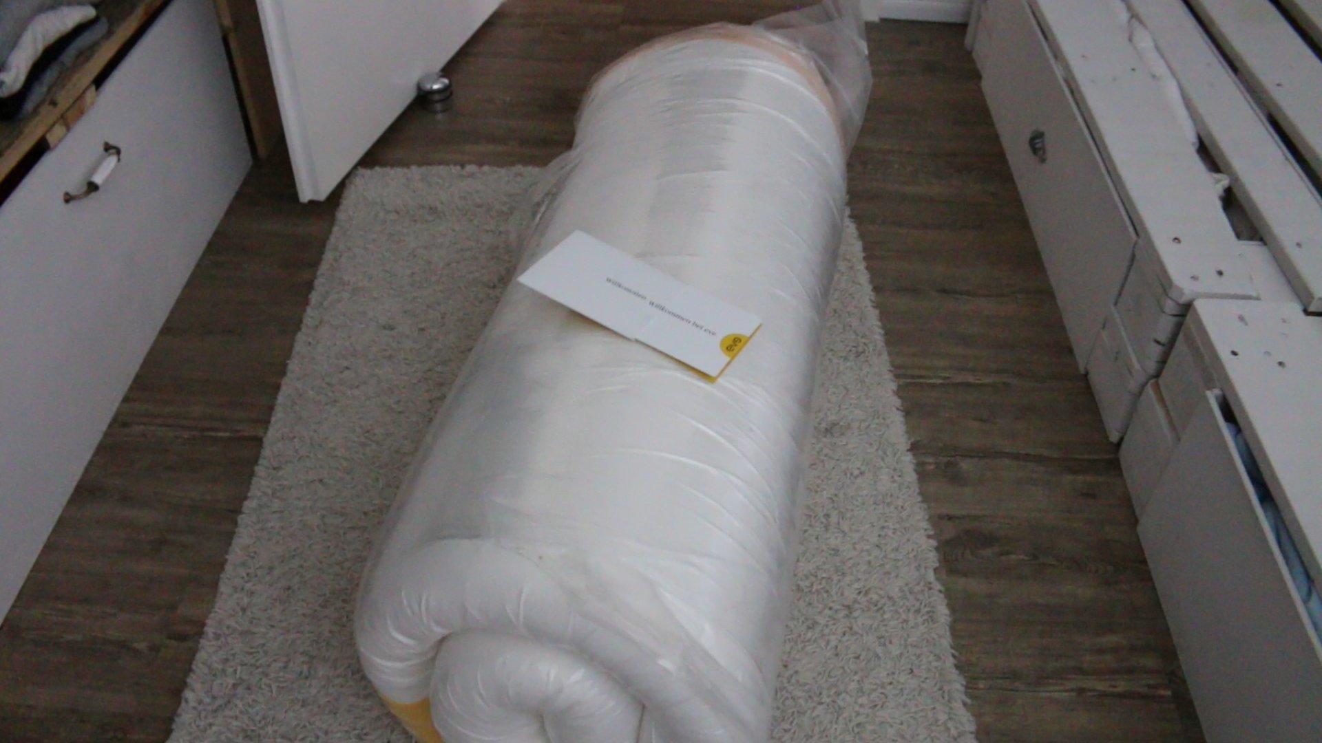 Die richtige Matratze für ein Palettenbett - Unser Eve Matratzen ...