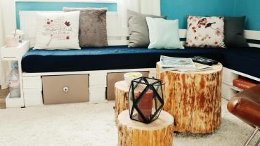 Paletten-Sofa-Wohnlandschaft-DIY-Saris-Garage