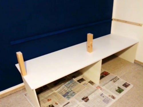 selber bauen kleiderregal diy diy einfach selber machen. Black Bedroom Furniture Sets. Home Design Ideas