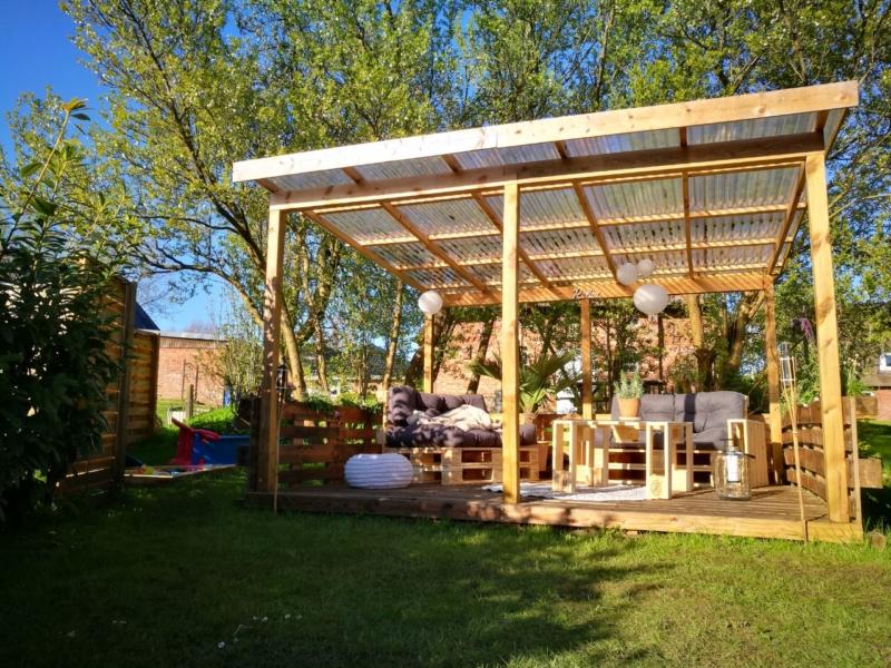 Terrasse aus Paletten selbst bauen