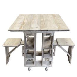 Tisch Sitz Kombination aus Europaletten Palettenmoebel
