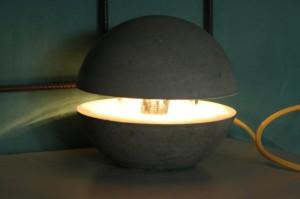 betonlampe lampe aus beton selber machen. Black Bedroom Furniture Sets. Home Design Ideas