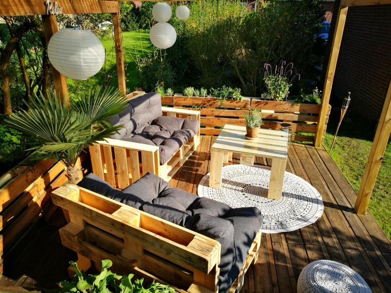 ᐅ Terrasse aus Paletten selber bauen   Palettenmöbel DIY ...